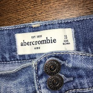 Abercrombie kids shorts~